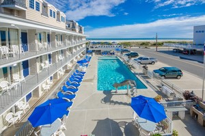 An oceanfront hotel in Wildwood Crest